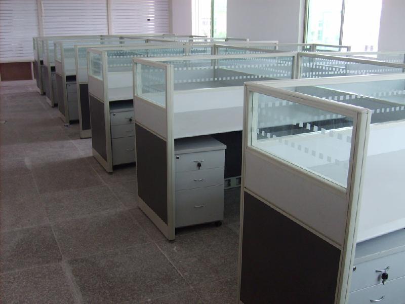 上海职员办公桌员工组合位屏风隔断玻璃4人位屏风卡位可定高清图片
