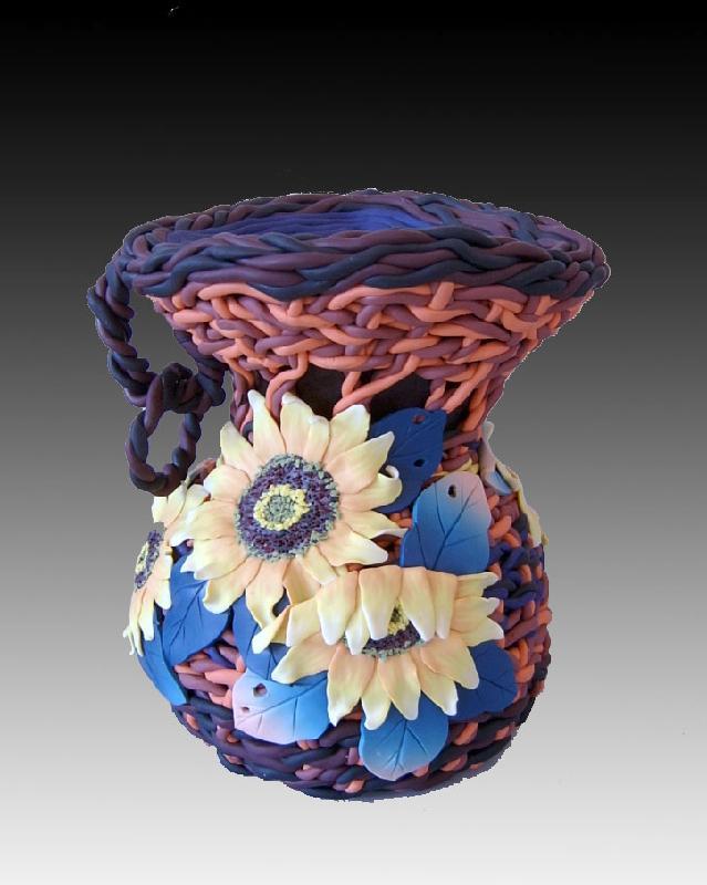 软陶工艺品人偶花瓶存钱罐图片-陶泥花瓶作品图片图片大全 外部为图片