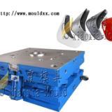 供应专业生产轿车挡泥板塑料模具