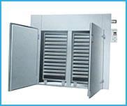 常州干燥机厂家供应:电热烘箱,热风烘箱,高温烘箱图片