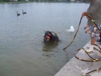 泰州中潜潜水堵漏维修切割 打捞桩锤工程维修切潜水堵漏割航道疏浚市政排污工程 潜水堵漏维修切割 打捞桩锤工程批发