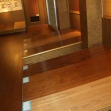 供应实木多层地板