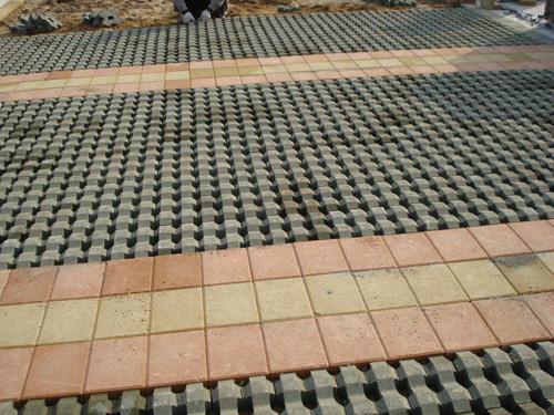 供应延安停车场草坪砖侧坡地砖厂供应