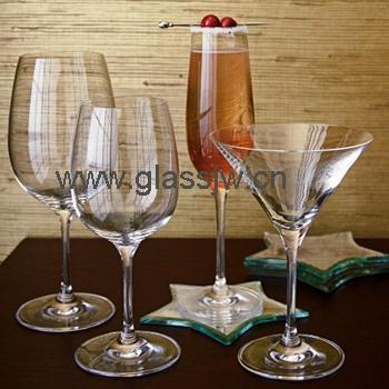 玻璃杯红酒杯葡萄酒高脚杯图片图片