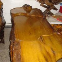 供应樟树根雕茶桌的工艺