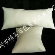 上海PU皮手表枕头图片