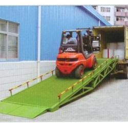 濟南市北京登車橋/固定式/移動式登車桥厂家