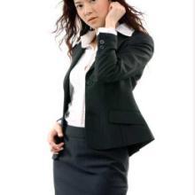 供应专业定做修身型时尚西装图片