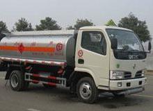 供应东风小型加油车油罐车液罐车www.51zjn.com