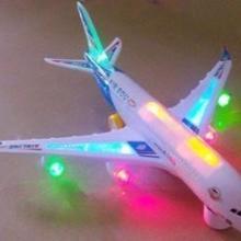 儿童益智电动玩具/超大空客A380飞机/七彩闪光空中巴士彩盒包装批发