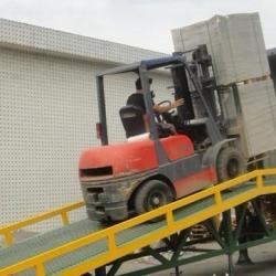 供应佛山移动式装卸平台 移動式登車桥供应 佛山移動式登車桥生产厂家