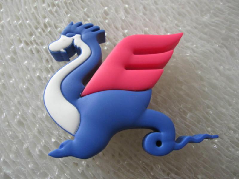 飞翼龙u盘中国传统龙舟 马 动物 图腾 飞翼龙u盘 高清图片