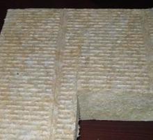 屋面保温板厂家供应 樱花屋面保温岩棉板 屋面保温岩棉板