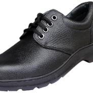 防刺防砸安全鞋巴固安全鞋图片