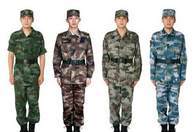 军用迷彩服装