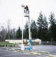 供应单脆柱铝合金式升降平台 移动铝合金式升降平台 铝合金式升降平台升高8米