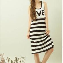 供应特10005黑色韩版女装2011新款横条背可爱超短外搭背心两件款图片