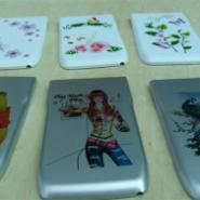 手机外壳塑料产品全彩无版印花机图片