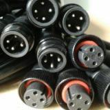 供应黑色金属铜螺帽防水接头 螺帽防水接头线价格 防水插头线