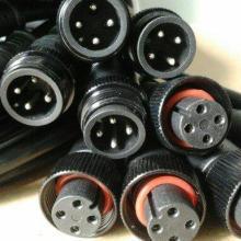 供应黑色金属铜螺帽防水接头 螺帽防水接头线价格 防水插头线图片