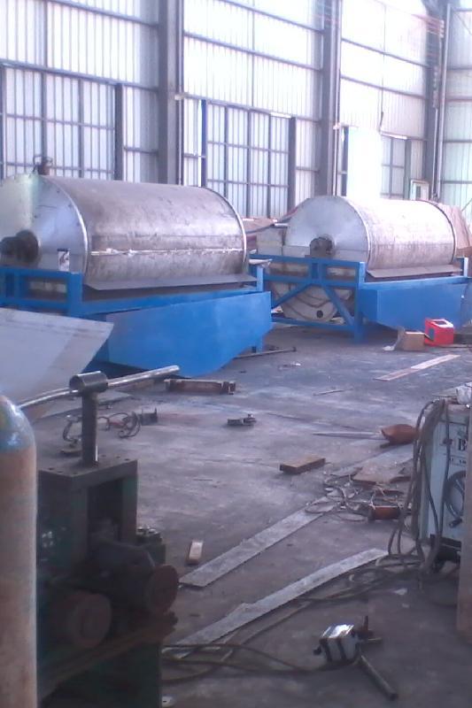 供应哪里的褐铁矿磁选机最好,广西梧州磁选设备选矿设备矿山设备百科