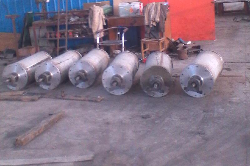 供应高强磁磁棒,磁选设备专业生产厂家,梧州强磁选矿设备百科