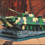 ZBD04式履带式步兵战车模型图片