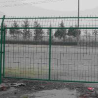 供应山西铁丝网围墙太原钢丝网围墙价格大同钢丝网厂家临汾铁丝护栏网价格