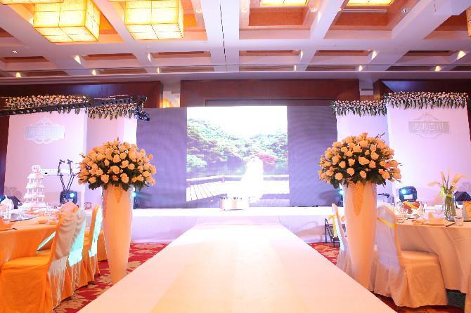 供应杭州婚庆礼仪背景LED显示屏出租