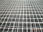 供应全国优质热镀锌钢格板,全国优质热镀锌钢格板标准价格规格咨询批发