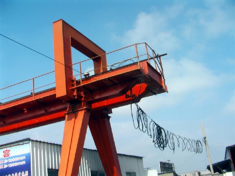 供应急售25吨二手龙门吊起重机