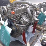 玉柴210马力发动机图片