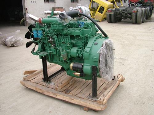 供应锡柴260马力发动机图片