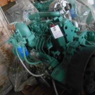 一汽锡柴4113增压中冷发动机图片