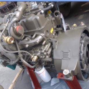 玉柴150马力发动机图片