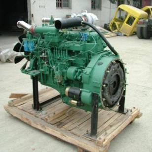 240马力锡柴发动机图片