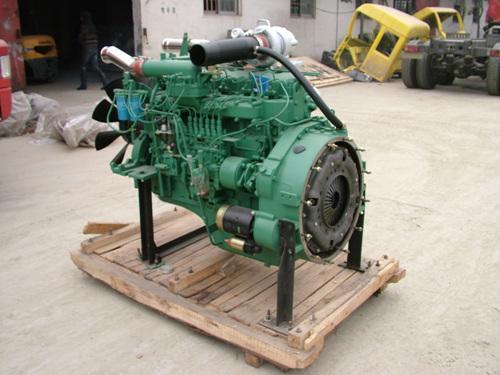 供应锡柴220马力发动机图片