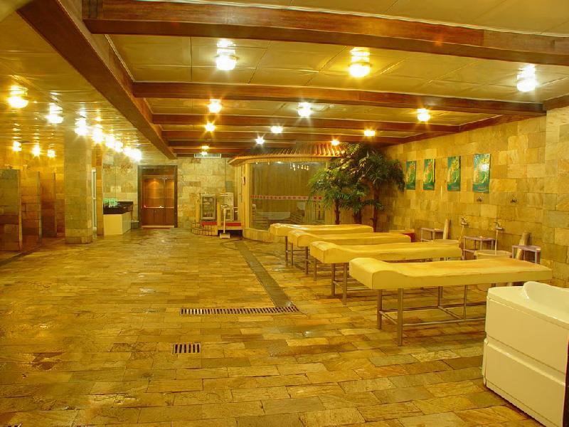 哈尔滨装饰公司生产哈尔滨洗浴中心装修浴池装