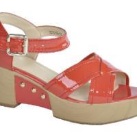 罗马风松糕跟凉鞋坡跟凉鞋