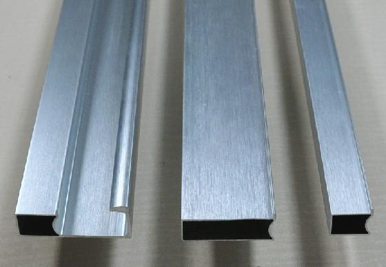 供应长沙晶钢铝材