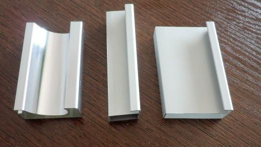 供应湖北咸宁晶钢门,晶钢门铝材,晶钢门膜