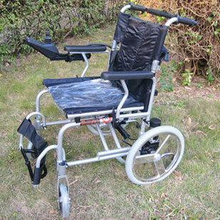 电动轮椅FS102LA图片
