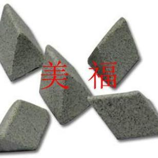 湖州抛磨块刚玉斜三角图片