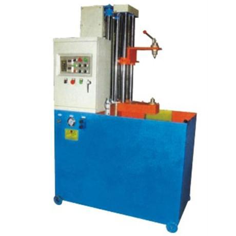 供应用于齿轮轴淬火的YD-1000数控淬火机床
