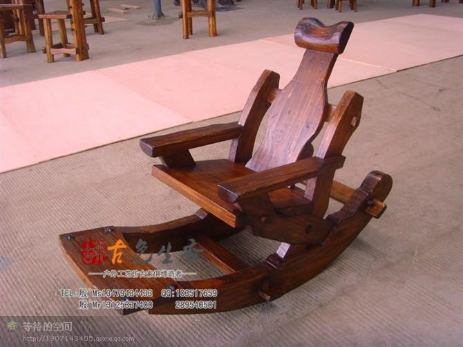 供应高温碳化防腐实木古典桌椅
