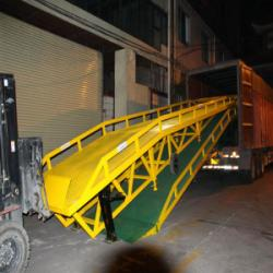 佛山市广州移動式登車橋支腿型公司厂家