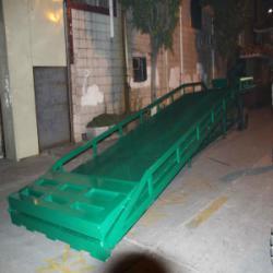 佛山市10吨移动式装卸过桥平台供貨商厂家
