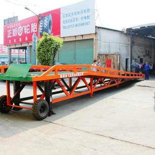 禅城移动式液压登车桥图片