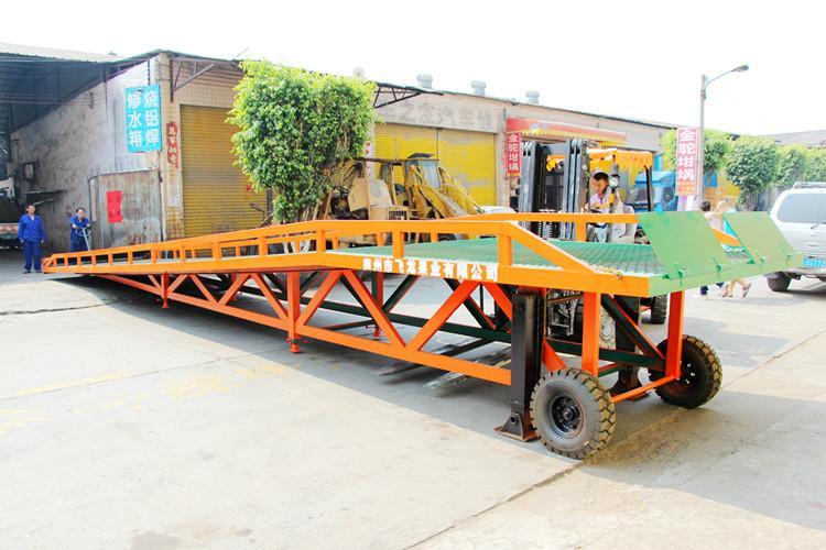 供应特殊规格移动式登车桥供应商,特殊规格移动式登车桥厂家