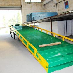 供應重型移動式液壓登車橋供貨商